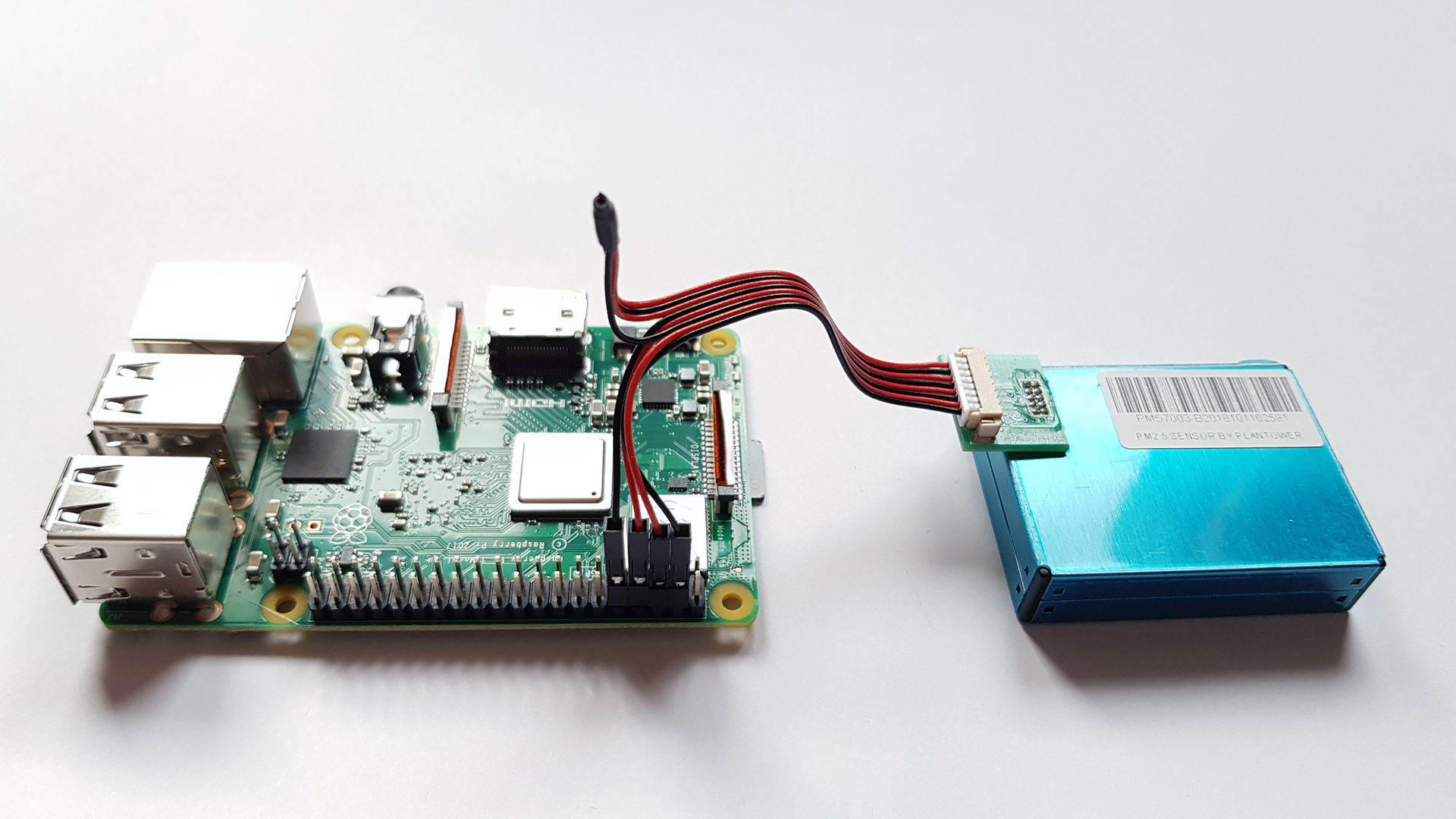 PMS7003 connected to Raspberry Pi
